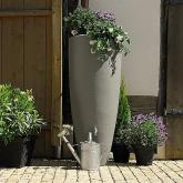 Deposito acqua piovana e vaso grigio-zinco