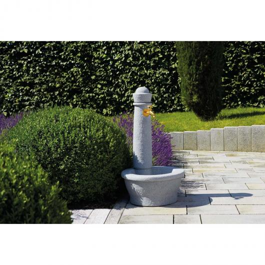 Fontana da giardino Roma grigia