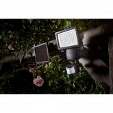Holofote solar LED Modelo Millenium, detector movimento, 1.000 lúmenes