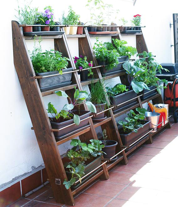 Huertos y jardines verticales aprovechando el espacio planeta huerto - Small space farming image ...